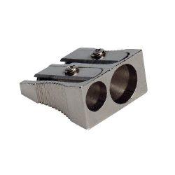 Hegyező 2lyukú fém KF02290